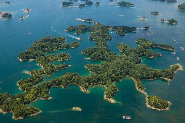 美しい景色と楽しいレジャースポットなら西海国立公園九十九島 【水族館海きらら】【動植物園森きらら】【九十九島遊覧船】