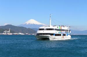 ベイプロムナード号(富士山と船)イメージ